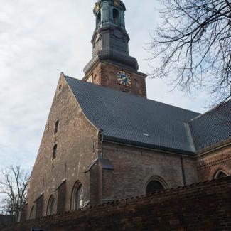 Sct-Petri-Kirke.jpg