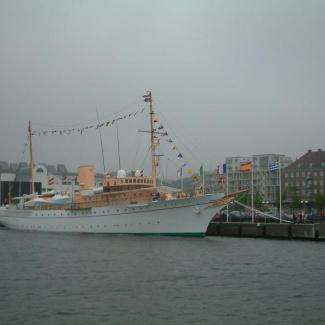 Dannebrog-i-Helsingborg-1.jpg