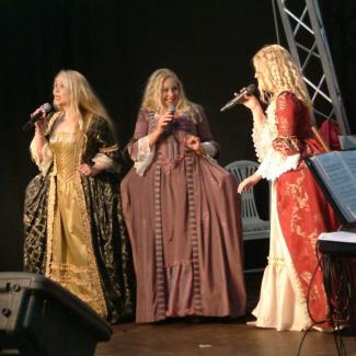 """Musical Highlights"" (Emma og Jenny Freij, Carolina Jönsson, Mattias Vad Jensen og Olof Tholander)"