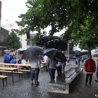 Regn på partyscenen