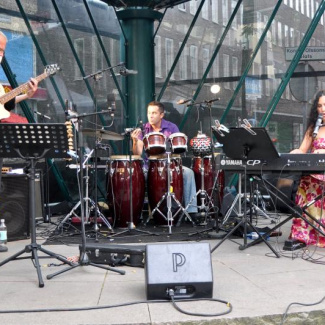 Tania Naranjo Trio