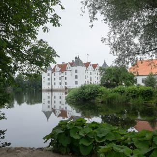 Glücksburg-Castle-3.jpg